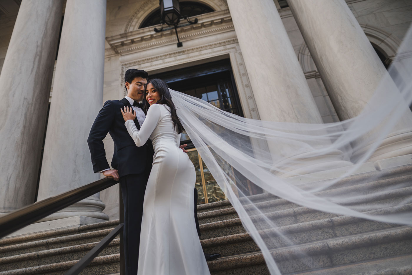 bride and groom couple portrait at the Morris House Hotel by Weddings by Hanel