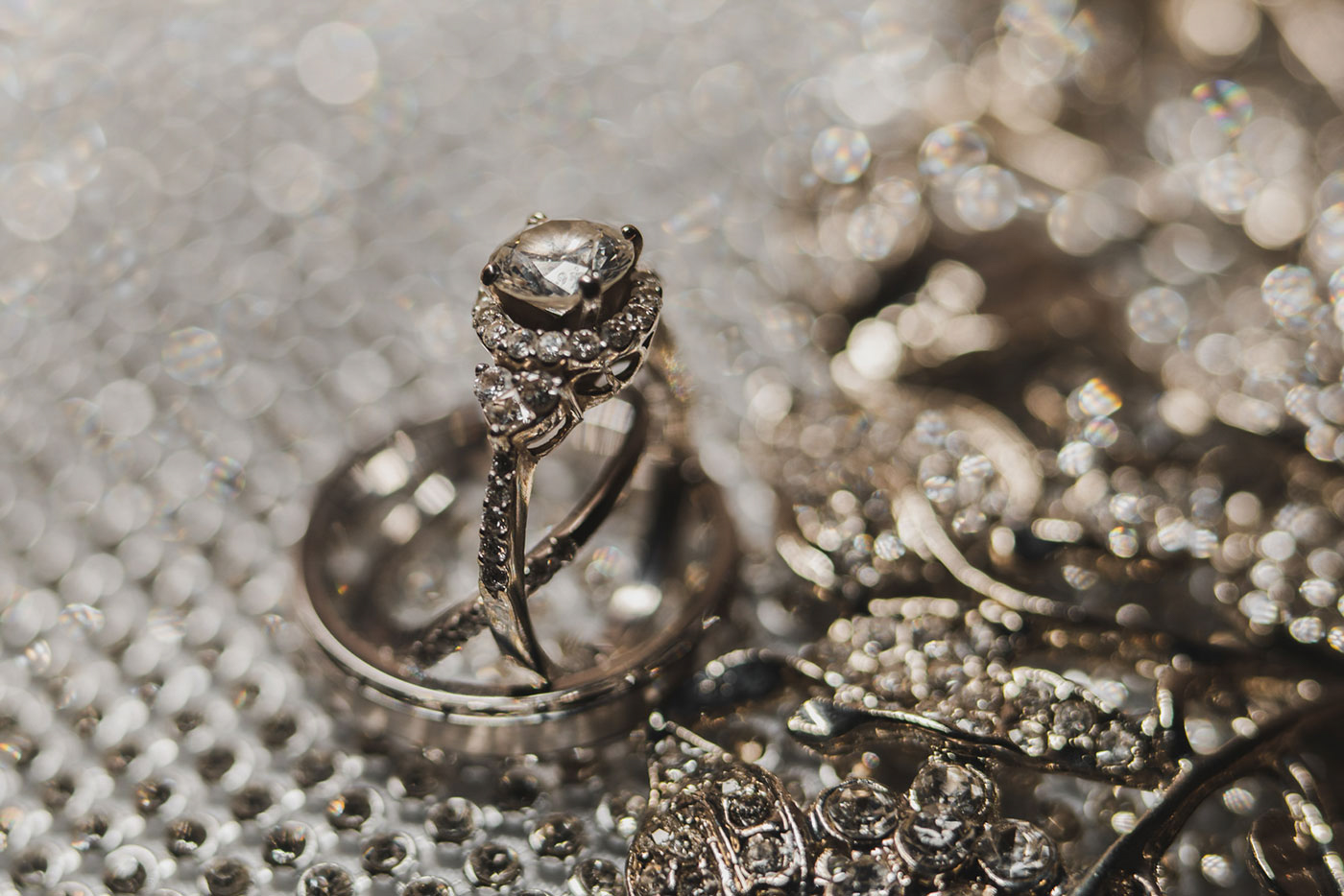 wedding rings at the Estate at Florentine Gardens by Weddings by Hanel
