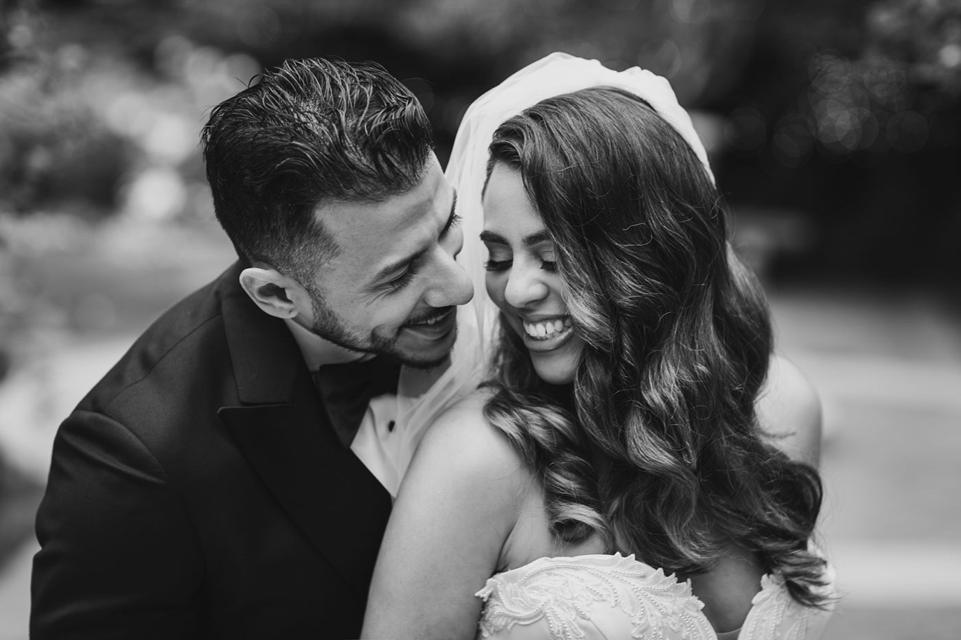 black and white bride and groom portrait at the Estate at Florentine Gardens by Weddings by Hanel